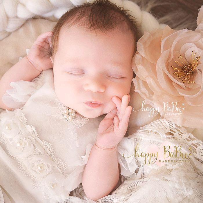 Neugeborenenfotograf Baby Fotostudio Erfurt Gotha Weimar Jena Apolda Arnstadt Sömmerda Babyfotografie Happy BaBee